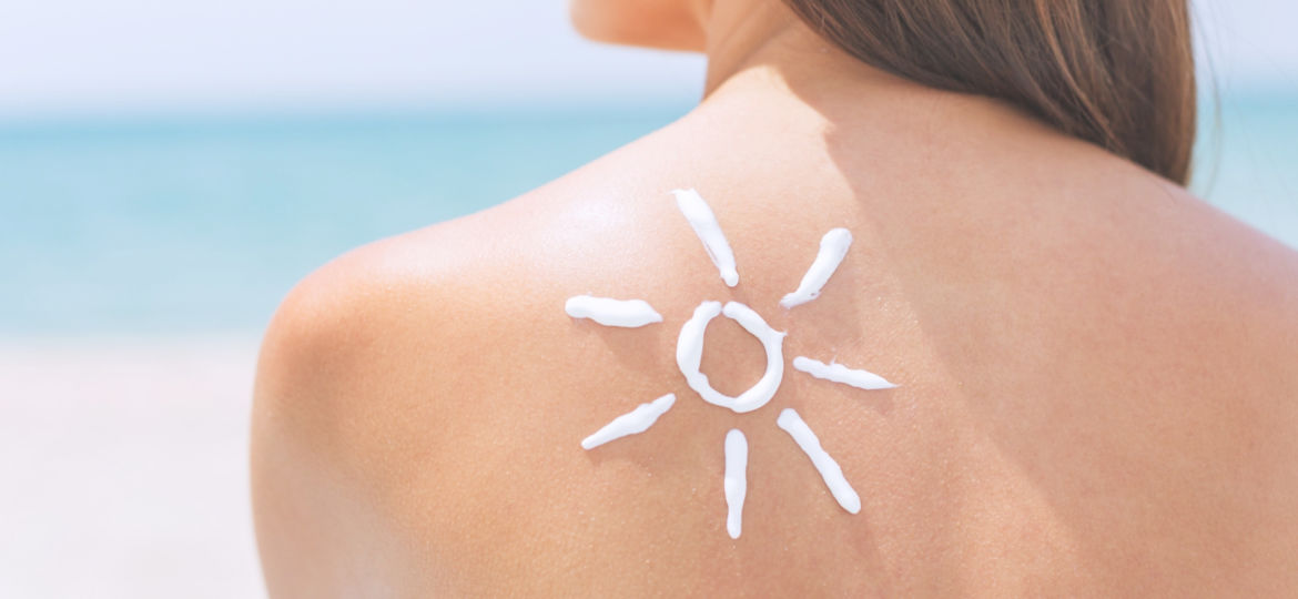 Harmful Ingredients in Sunscreens and Clean Alternatives